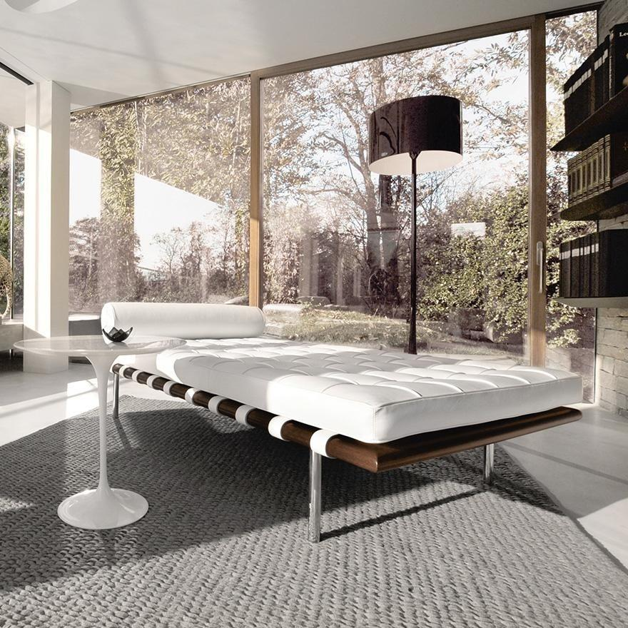 White Barcelona Daybed